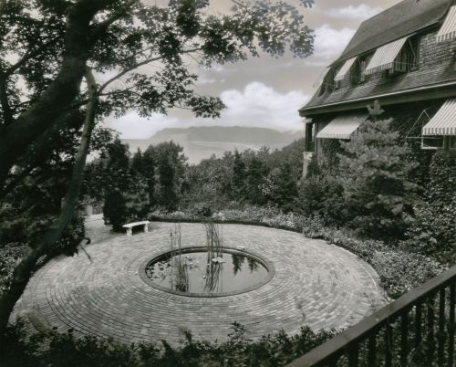 Sunwood estate, circa 1930, home of Frank and Jennie Melville, Old Field, NY. Photograph from the University Archives.