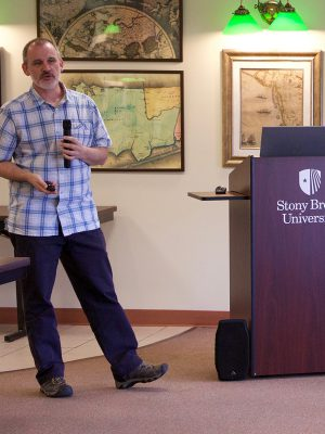Bob Tolliver presents at the Library Colloquium Series