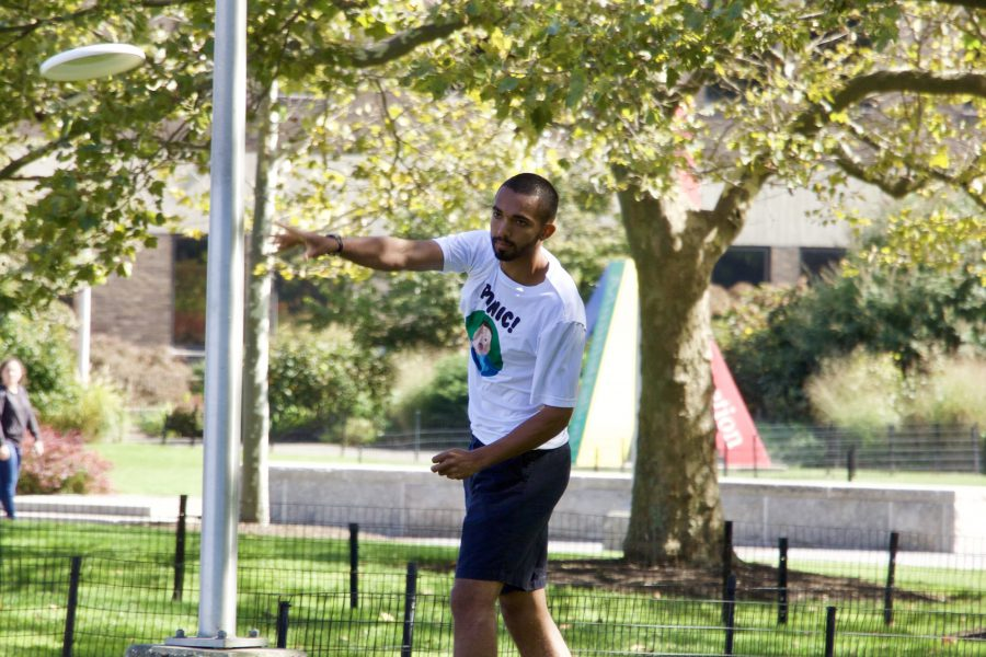 University Libraries & Ultimate Frisbee Hangout 2017