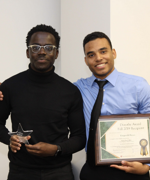 Student staff who were award recipients posing for a picture
