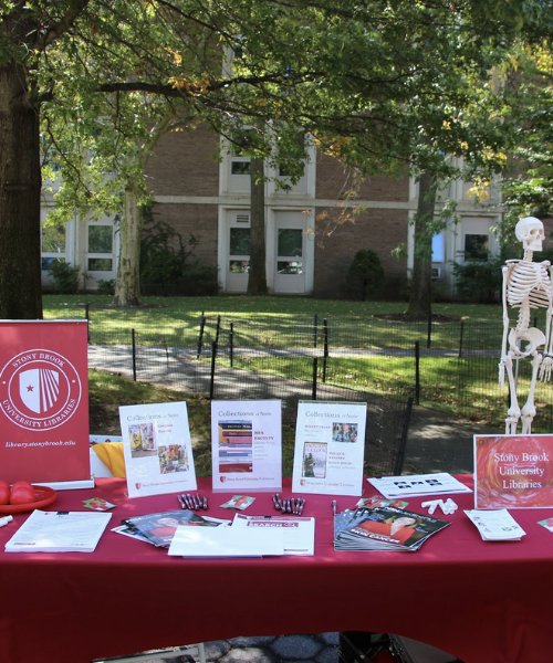 Stony Brook University Libraries' table at CommUniversity Day